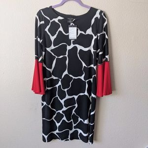 Eva Varro black and white Giraffe print dress